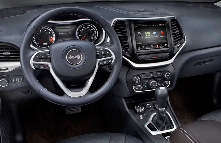 Jeep Cherokee Steering Wheel and Infotainment Center