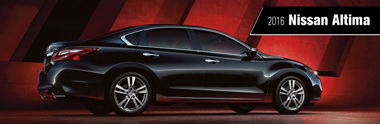2016 Nissan Altima midsize sedan Born to Be ads Naperville IL