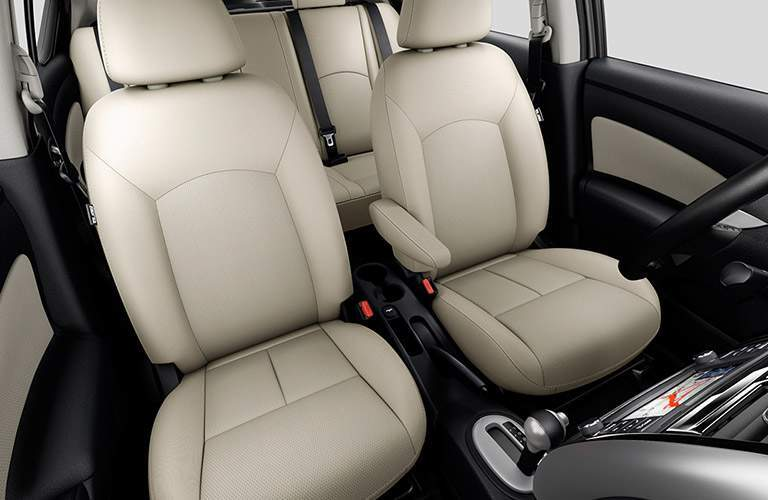 front interior seats of 2017 nissan versa