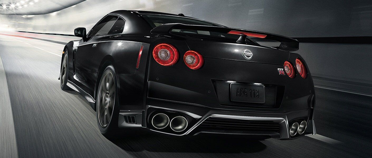 2017 nissan gt r premium vs track edition vs nismo. Black Bedroom Furniture Sets. Home Design Ideas