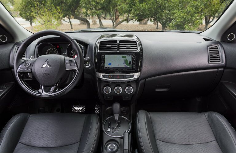 2017 Mitsubishi Outlander Sport infotainment and steering wheel