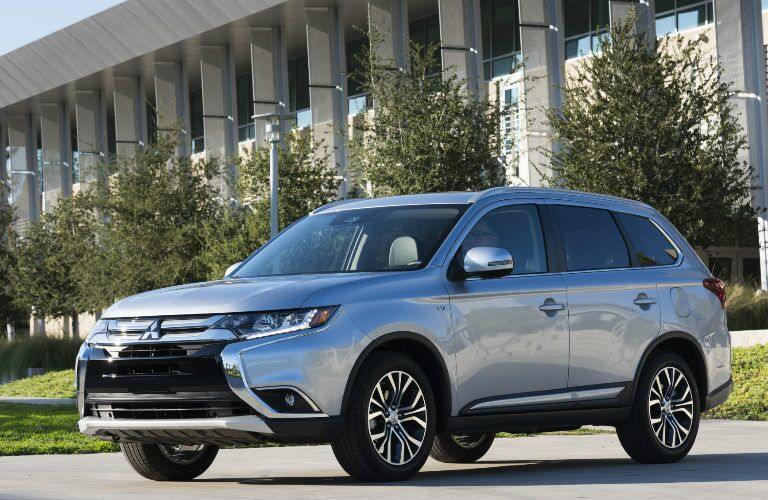 silver 2017 Mitsubishi Outlander parked outside public building front view