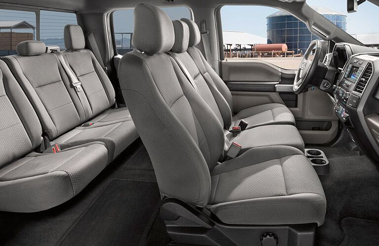 2017 Ford F-150 interior space