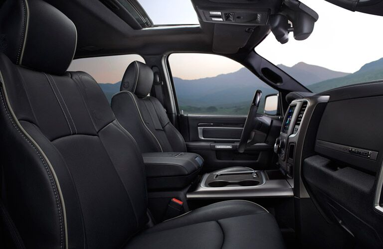 Side-view of the front row inside a 2016 RAM 1500