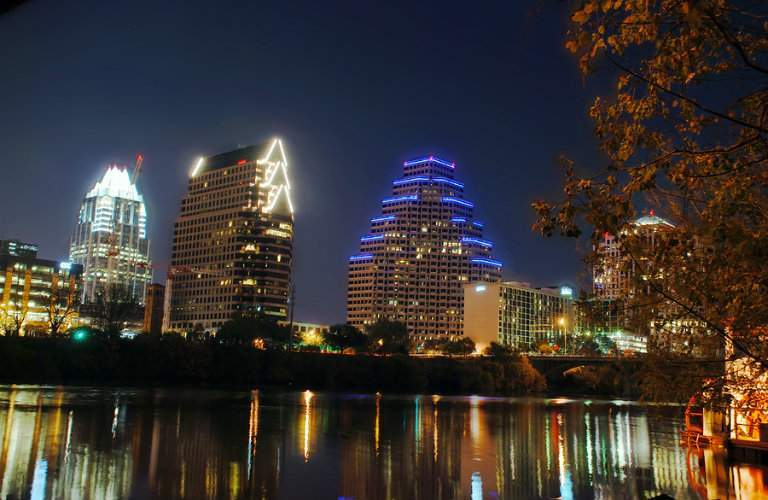 image of the Austin TX skyline at night
