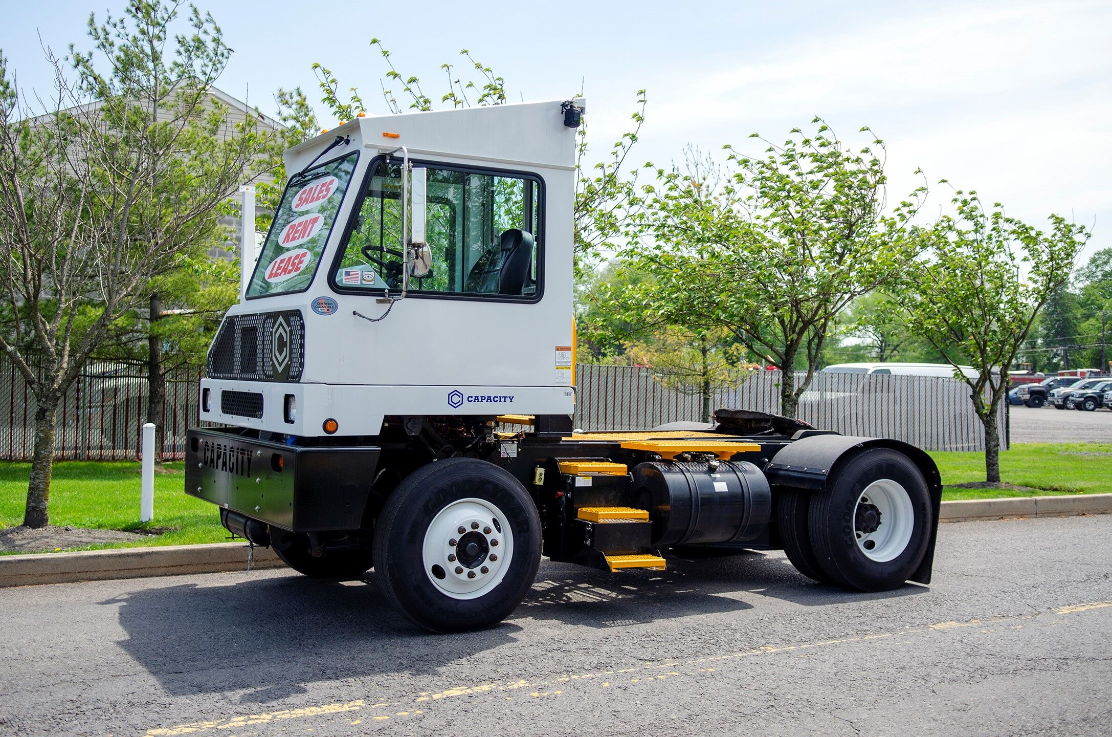 Side view of Capacity yard truck
