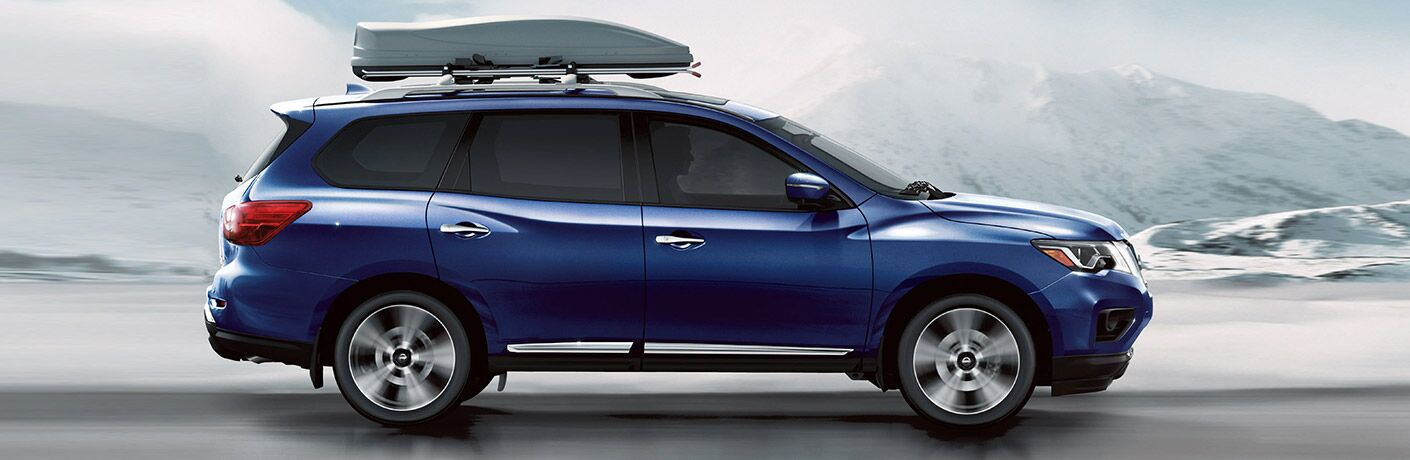 2020 Nissan Pathfinder side profile