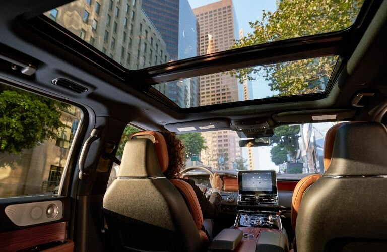 Sunroof in the 2020 Lincoln Navigator
