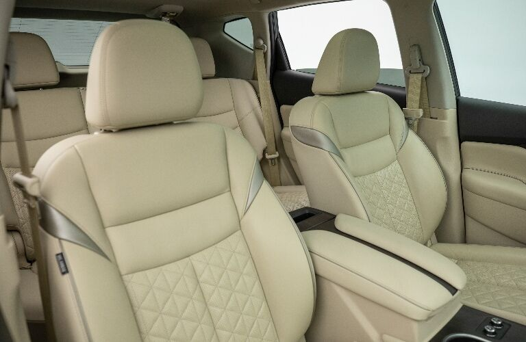 2021 Nissan Murano front seats