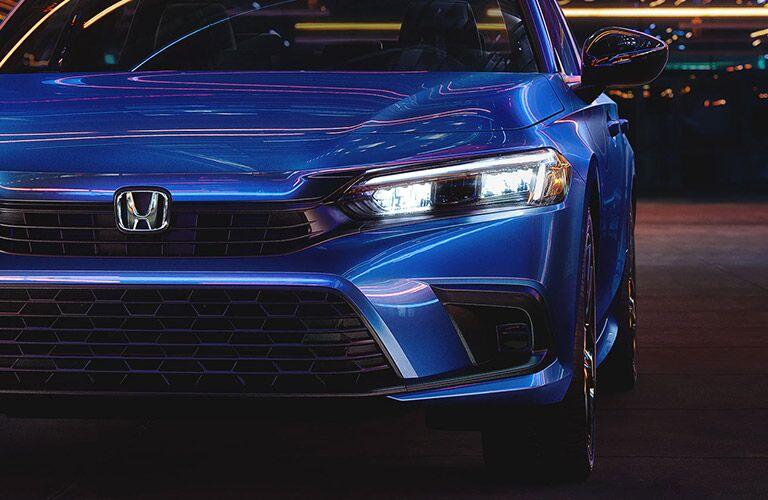 Close up of the 2022 Honda Civic Sedan front end