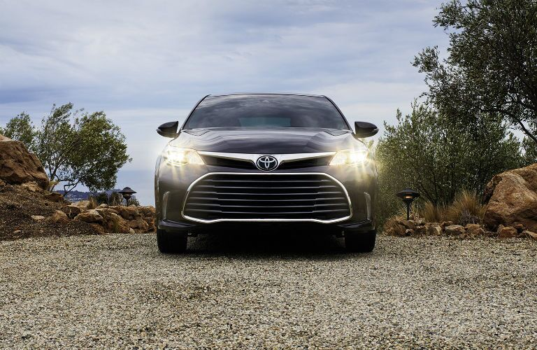 2017 Toyota Avalon headlights