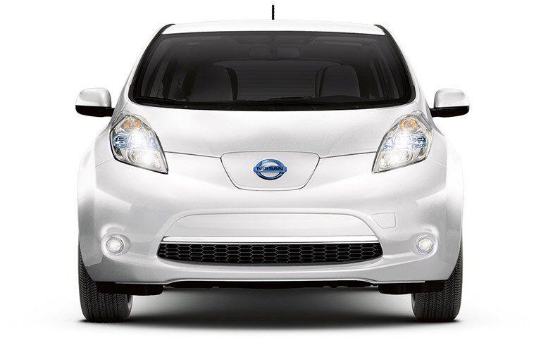 2017 Nissan LEAF Kenosha WI White Exterior
