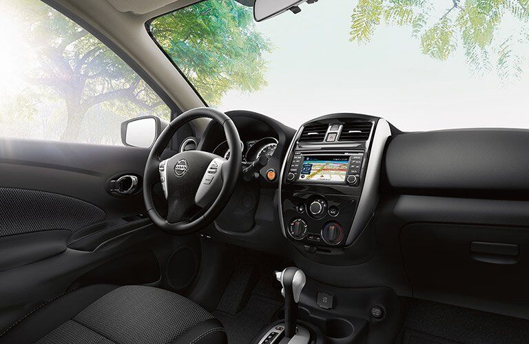 2017 Nissan Versa Kenosha WI Technology