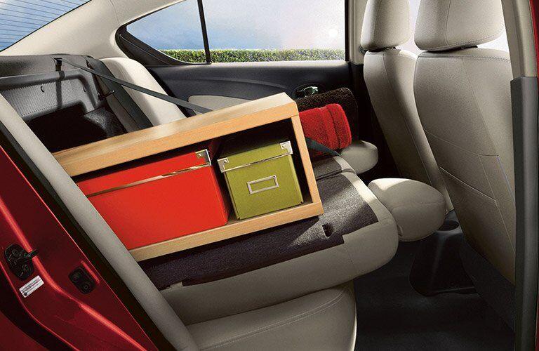 60/40 split folding seat in 2017 Nissan Versa