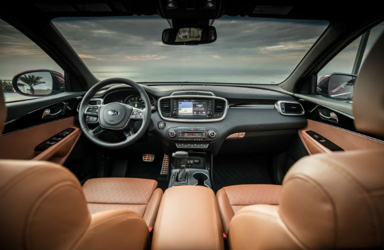 An interior photo of the front portion of the 2019 Sorento.