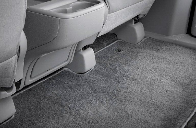 2017 Honda Odyssey second row legroom
