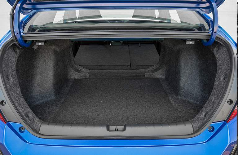 2018 Honda Civic Si Sedan trunk space