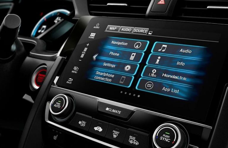 2018 Honda Civic Coupe infotainment system on the center console