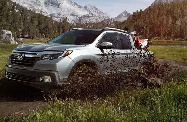2018 Honda Ridgeline going through mud