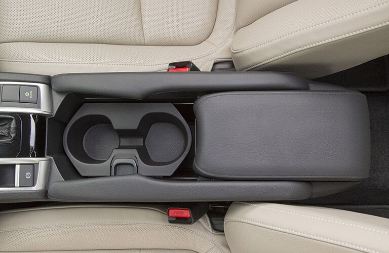 2017 Honda civic sedan center console