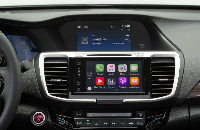 2017 Honda Accord Hybrid infotainment
