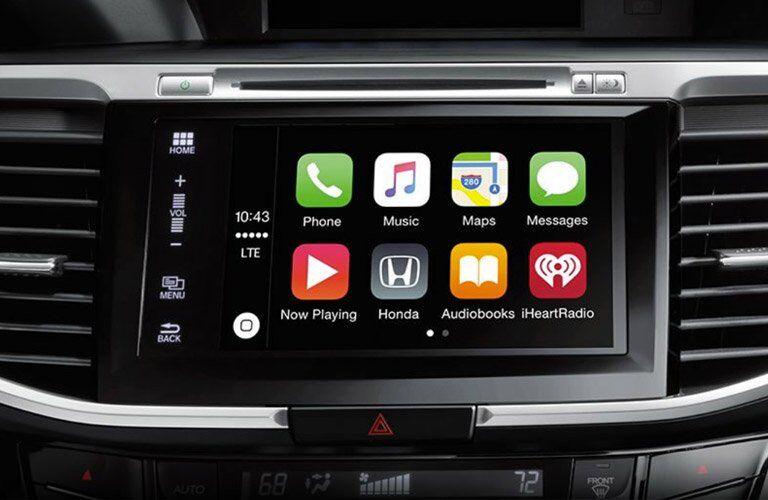 2017 Honda Accord Touring infotainment system