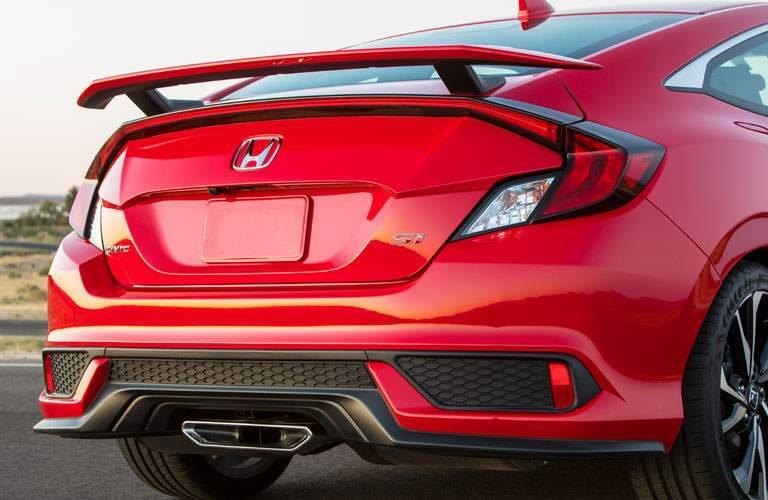 Close up of the 2017 Honda Civic Si's bumper