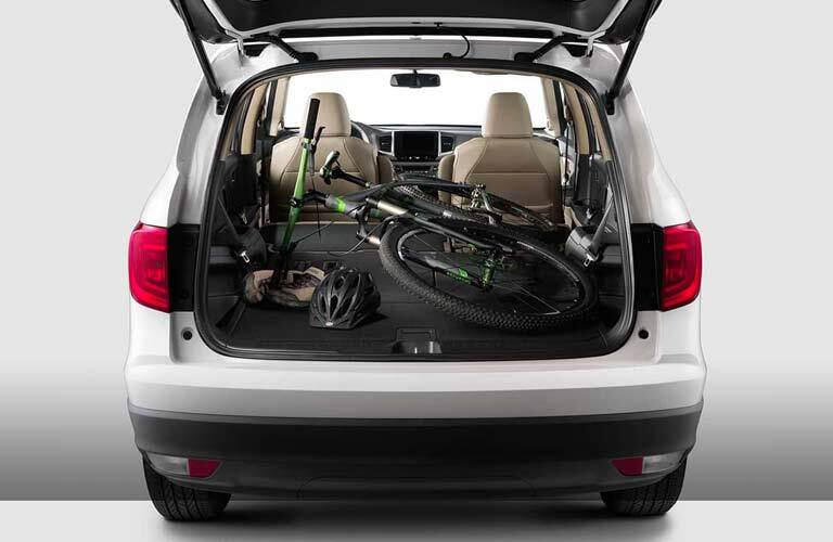 2017 Honda Pilot with a bike in the back