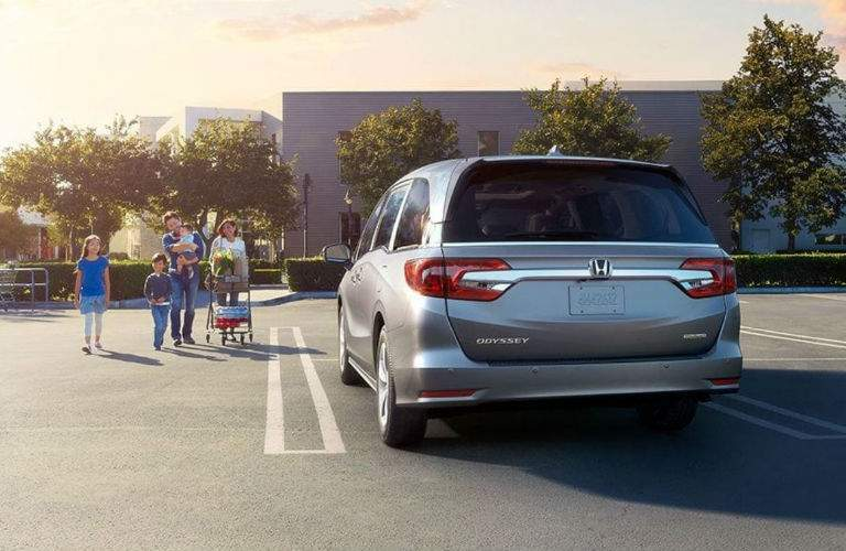 family shopping with the 2018 Honda Odyssey