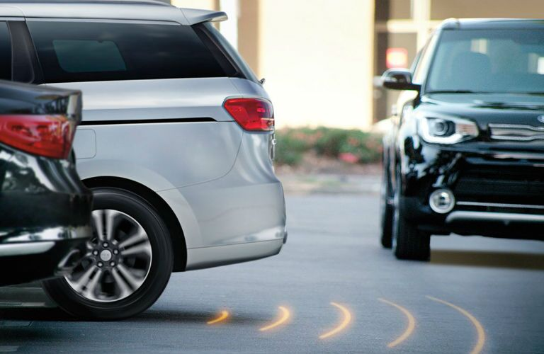 2019 Kia Sedona with reversing and rear cross traffic monitor