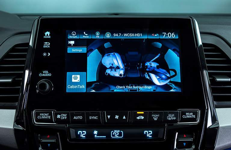 2018 Honda Odyssey close up of infotainment touchscreen display
