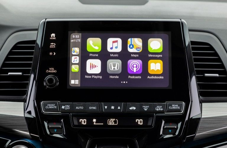 Close Up of 2022 Honda Odyssey Touchscreen Display with Apple CarPlay