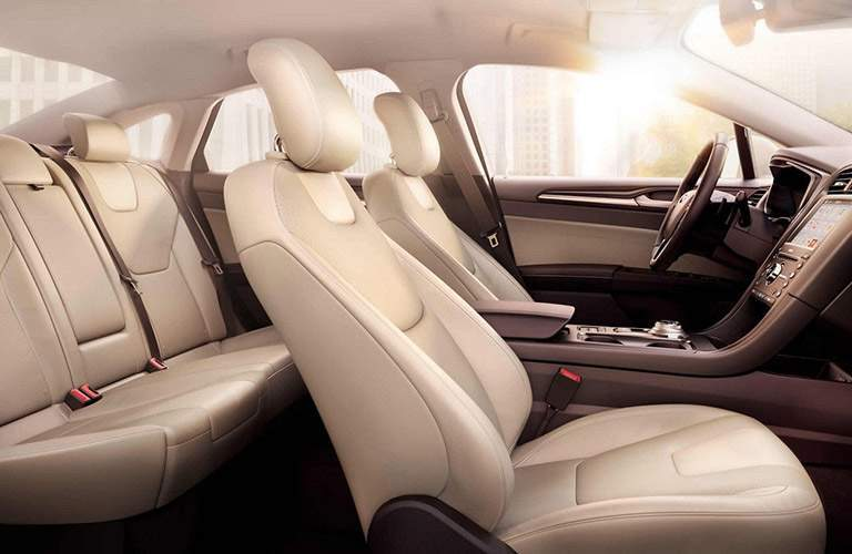 2018 Ford Fusion Beige Cloth Interior Side View