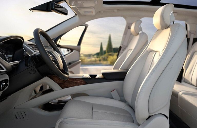 2018 Lincoln MKX Interior Cabin Seating with Door Open