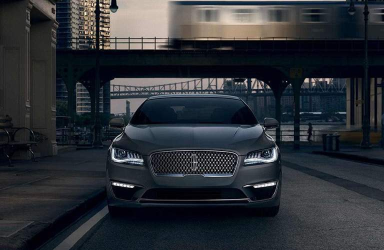 2018 Lincoln MKZ front view grey