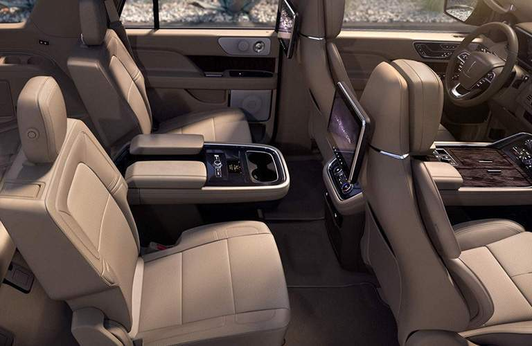 2018 Lincoln Navigator interior second row seats