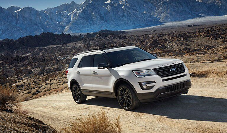 2017 Ford Explorer Front Exterior White With Mountains in Background