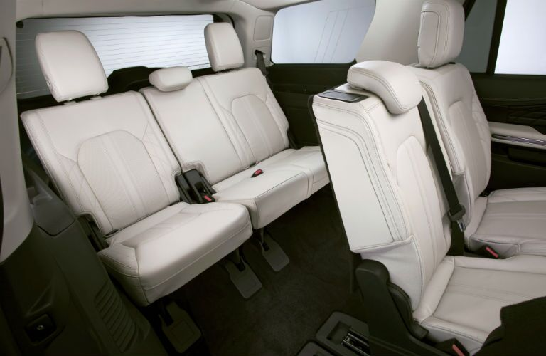 Adults can comfortably sit in rear seats