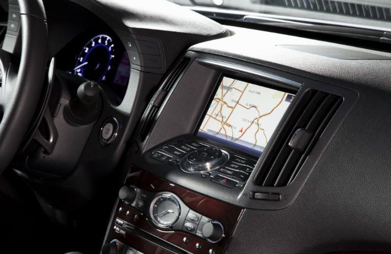 Display screen of the 2013 INFINITI G-Series sedan