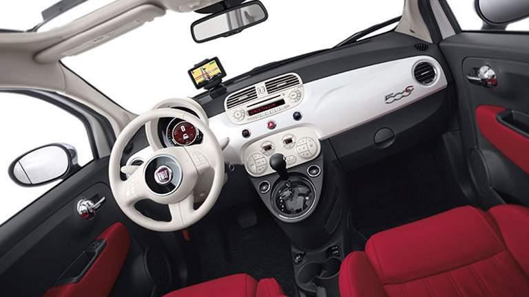Interior view of 2015 Fiat 500c