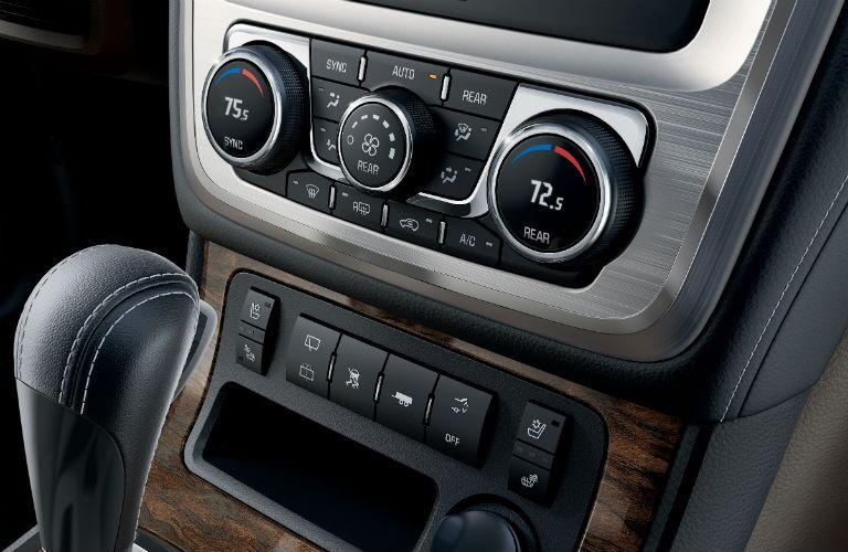 Temperature controls of the 2015 GMC Acadia