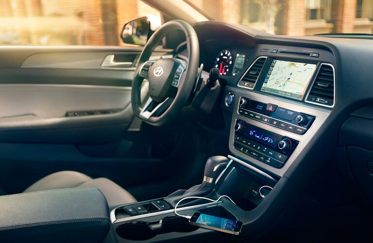 Side view of the driver's cockpit in the 2015 Hyundai Sonata