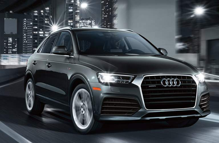 Passenger side exterior view of 2016 Audi Q3