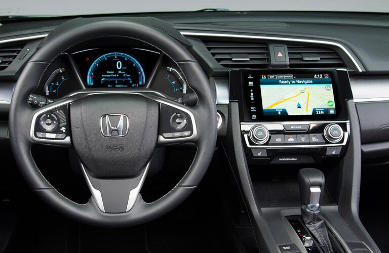 Gauge cluster and center touchscreen of 2016 Honda Civic