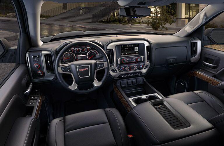 2016 GMC Sierra's driver's cockpit