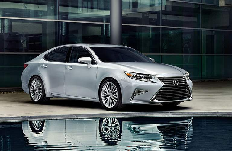 Passenger side exterior view of a gray 2016 Lexus ES