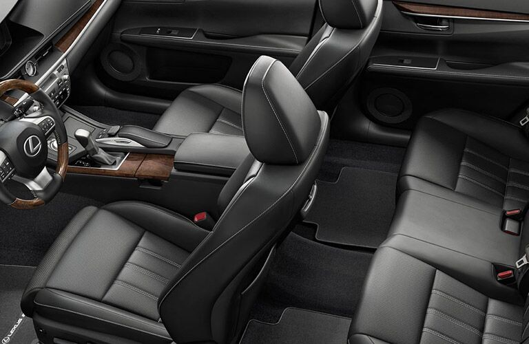 Overhead view of the interior seating of the 2016 Lexus ES