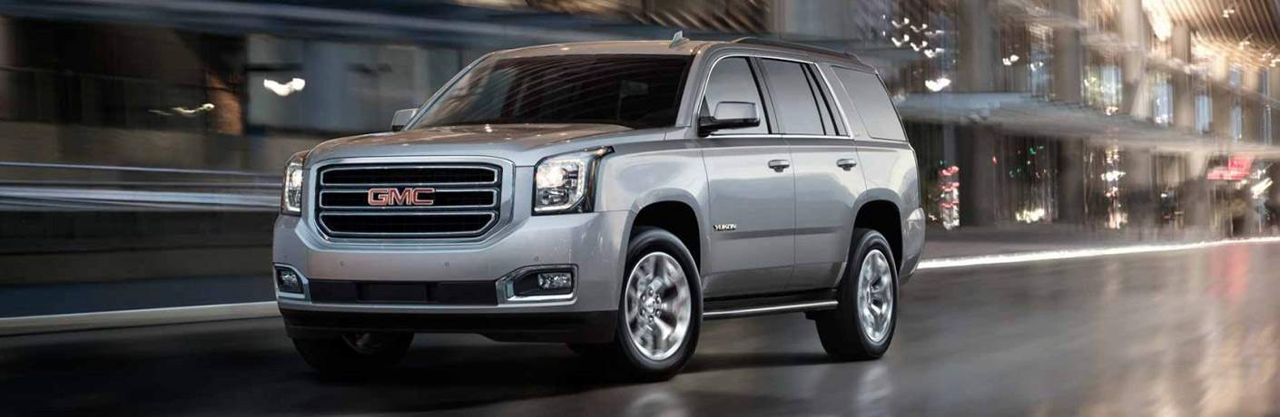 Front exterior view of a gray 2017 GMC Yukon