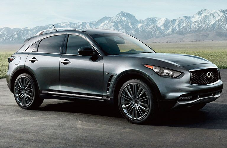 Passenger side exterior view of a gray 2017 INFINITI QX70