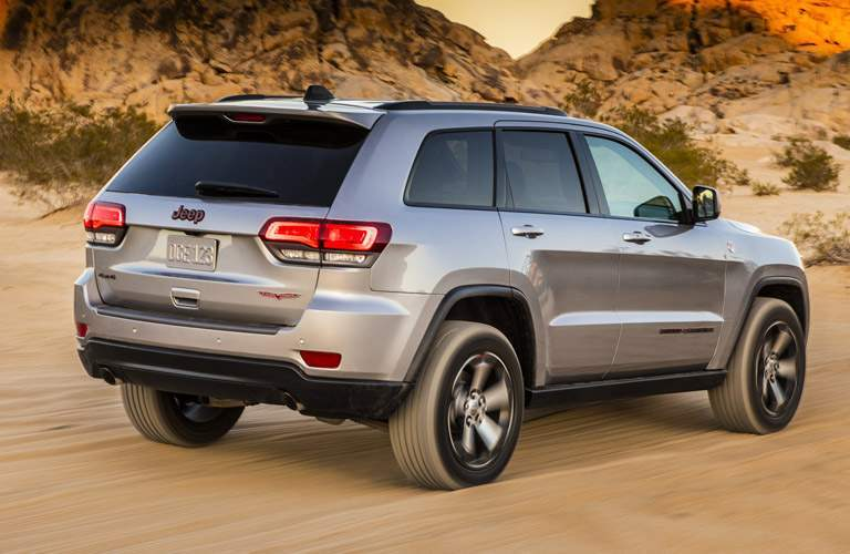Rear exterior view of 2017 Jeep Cherokee